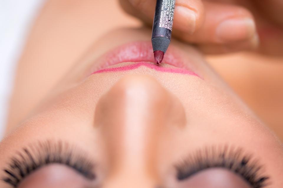 lipstick-1942173_960_720